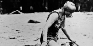 mercedes gleitze nadando con un rolex oyster