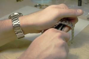 cerrar reloj con tapa a rosca usando jaxa